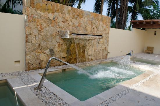 Sunscape Dorado Pacifico Ixtapa : hydrotherapy room at the spa