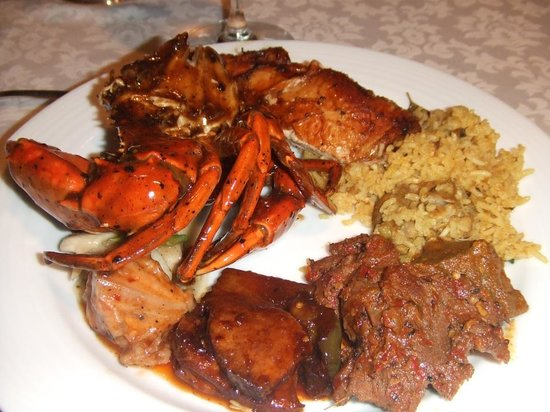 Taprobane : Crab and curries from the grill and buffet