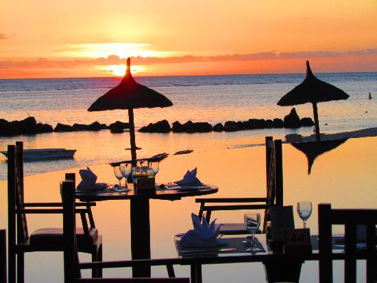 Sands Suites Resort & Spa: Que du bonheur à l'heure du repas
