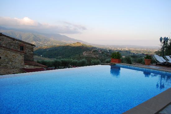 Hotel Villa Volpi: the pool