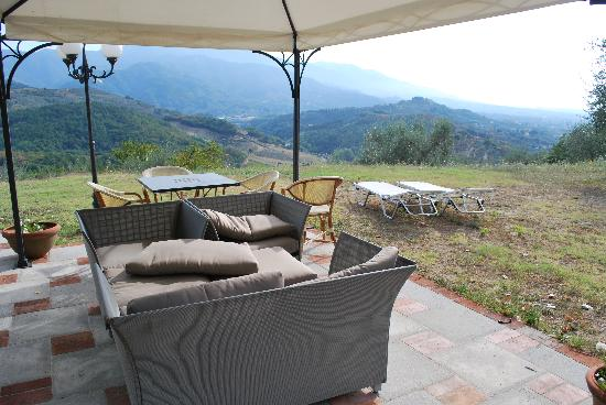 Hotel Villa Volpi: outdoor area for the suite