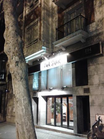 NH Madrid Atocha: entrada al hotel