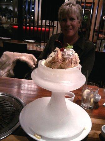Maru: Best fried ice cream ever!!!