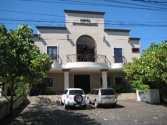 Hotel Internacional Managua: Early days in Nicaragua