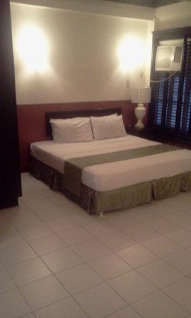 DM Residente: Suite 1,395 peso