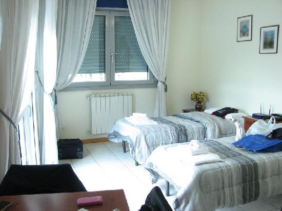 Residence le Corniole Aparthotel: La stanza doppia