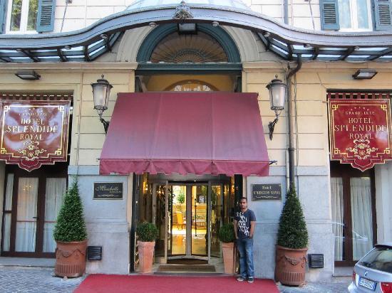 สเปลนดิด รอยัล: Front of Hotel