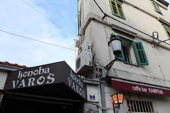 Konoba Varos