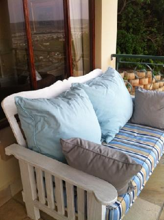Villa Paradisa Guest House: (:
