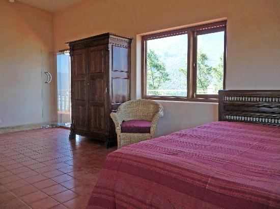 Civet Cat Orchard: 7 Mamey hse bedroom 1 9-2-09 9