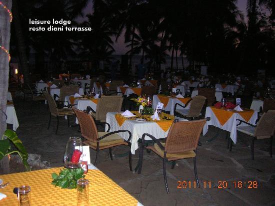 Leisure Lodge Beach and Golf Resort: dîner au bahani terrasse