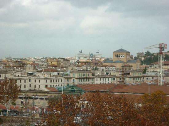 Lungotevere Suite: panorama di roma dalla stanza