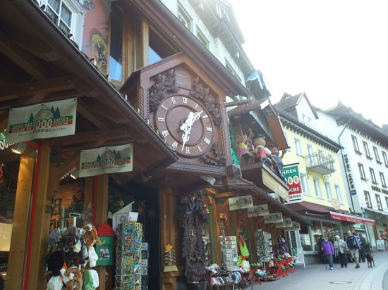 Triberg, Tyskland: House of 1,000 clocks