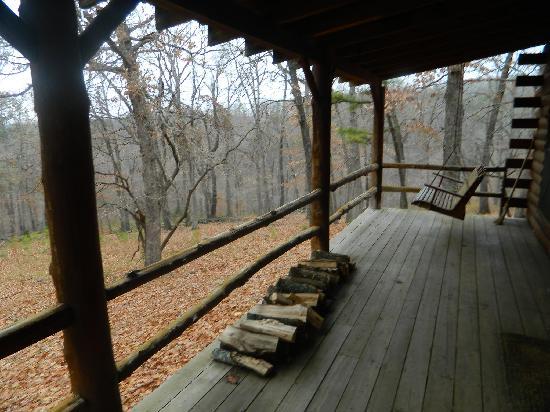 Silver Ridge Resort: Front Porch/Deck