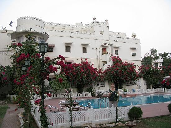 Sugan Niwas Palace : View from pool side.