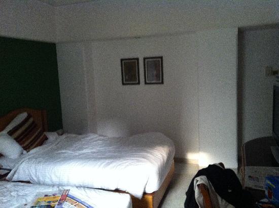 Ramee Guestline Dadar Hotel: Pic 4