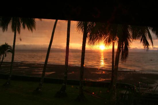 Saladero Eco Lodge: View from our room at sunset