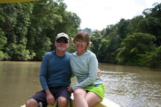 Saladero Eco Lodge : Heading up river to kayak back