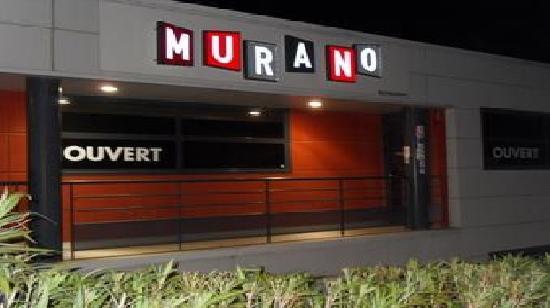 Le Murano: Façade