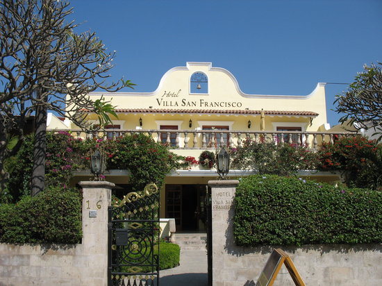 Hotel Villa San Francisco : Front of hotel