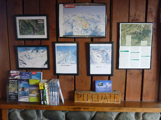 Pinedale Lodge & Apartment: Nearby ski area trail maps
