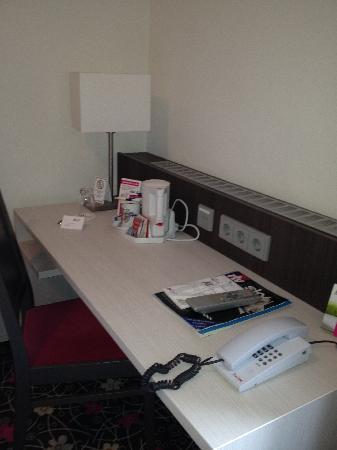 Hotel Mirabell : Desk