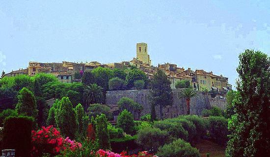 La Colombe D'Or : Medieval Village of St Paul de Vence