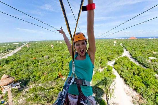 how to go from cancun to playa del carmen