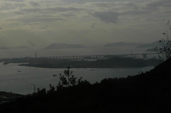 Goshikidai: 終点の讃岐五色台から瀬戸大橋望む