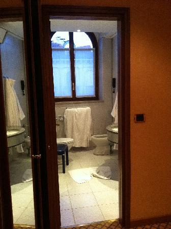 Concord Hotel: il bagno