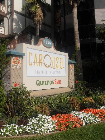 Carousel Inn and Suites: Carousel Inn