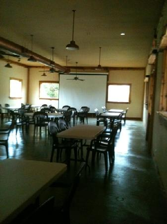 Jellystone Park Texas Wine Country Camping Resort: reception hall / party room