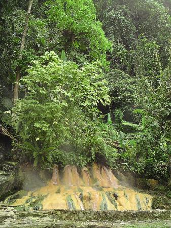 Baturaden, Indonesia: les 7 fontaines naturelles
