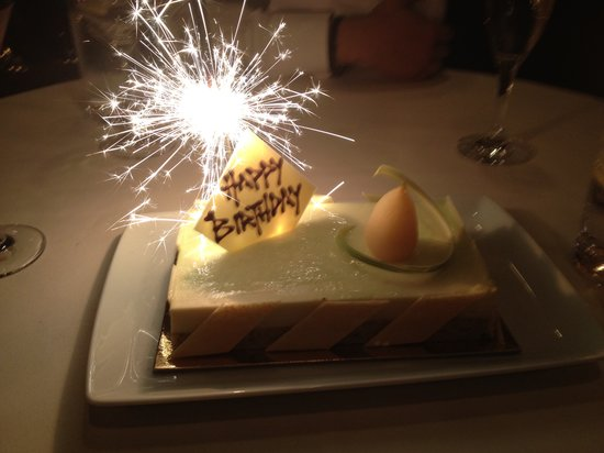 JJ's Bar Level 1 Crown Towers 8 Whiteman Streetand Grill: my birthday cake from the restaurant