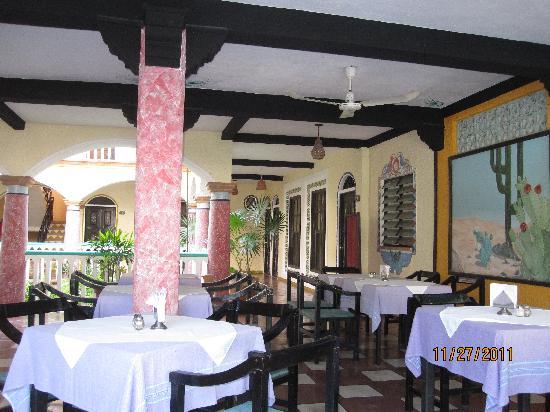 Hotel Flor de Maria: Breakfast area - Restaurant