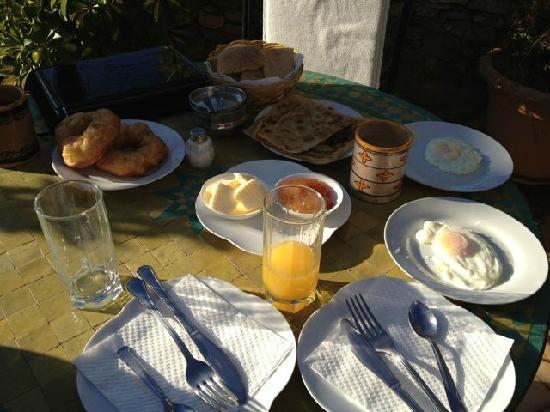 Dar Meziana: Breakfast