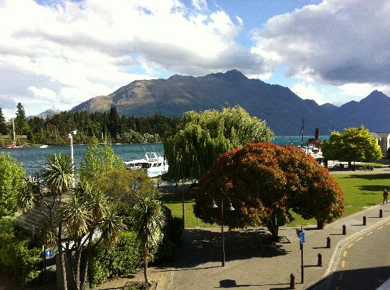 YHA Queenstown Central: View from kitchen/lounge