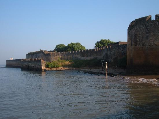 Diu Fort from outside
