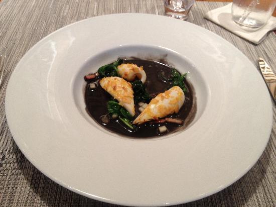 Cuisine[s] Michel Troisgros: squid, apple and almond...
