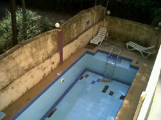 Hotel Image Inn: Swimming Pool