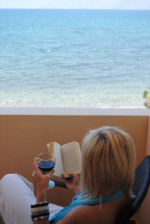 Christina Beach Hotel: balcony view