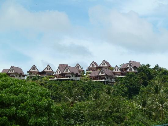 Baan KanTiang See Villa Resort (2 bedroom villas) : Baan kan Tiang see villas, photo taken from the beach