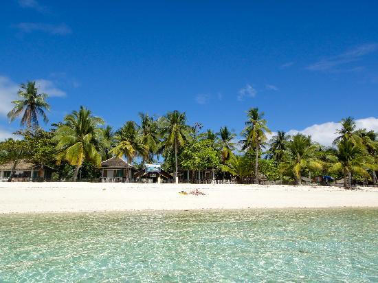 Dano Beach Resort : Beach front