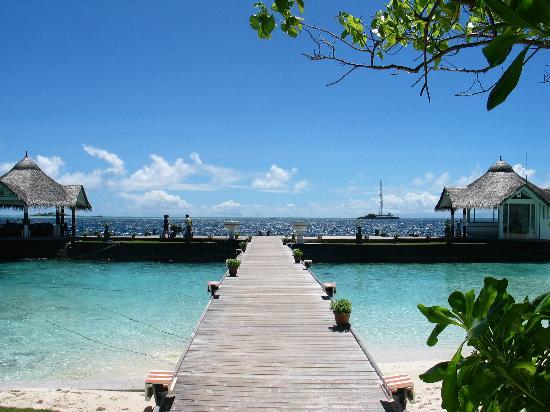 Ellaidhoo Maldives by Cinnamon: Der Steg