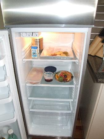 Yabbaloumba Retreat: The fridge