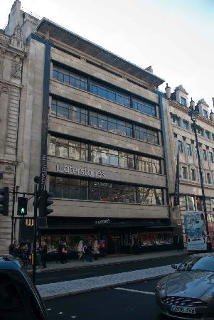 Waterstone's Booksellers Ltd: The massive Waterstones building