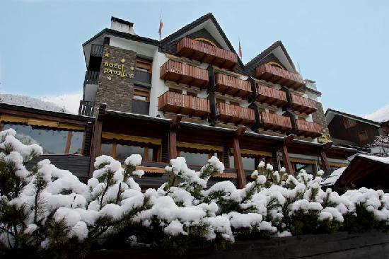 Hotel Pavillon: Esterno inverno