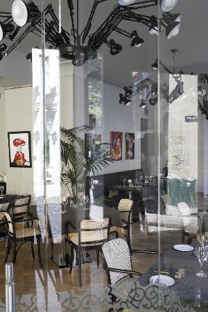Neiburgs Restaurant: Through the window