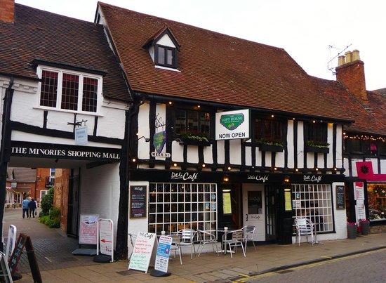 The Loft House Wine Bar & Restaurant: The Loft House