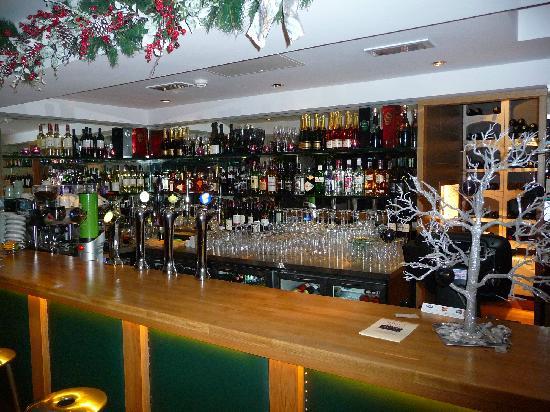 The Loft House Wine Bar & Restaurant: Bar